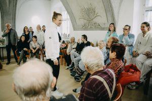 Koncert Tomáše Kluse ve Vojenské nemocnici Olomouc