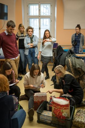 Předávání dárečků ve Vojenské nemocnici v Olomouci 2019
